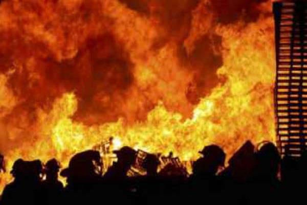 cotton mill fire loss of cotton worth lakhs of rupees
