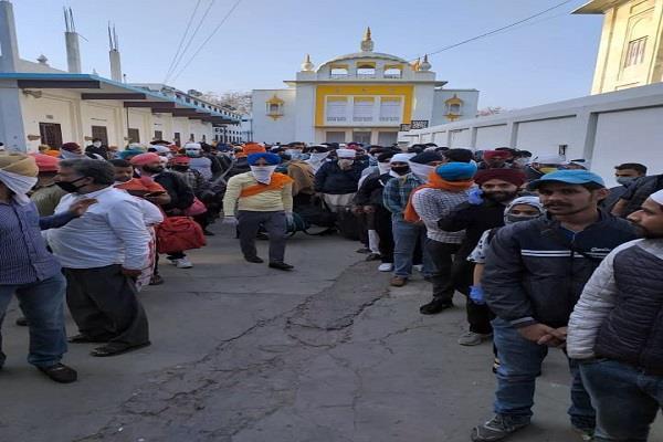 after nizamuddin markaz 300 people met in gurdwara majnu ka tilla