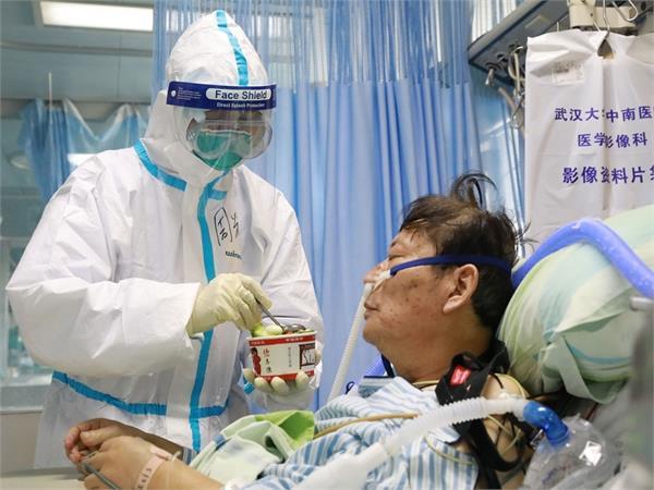 महिलाओं के मुकाबले पुरुषों को Coronavirus का अधिक खतरा, रहें सतर्क