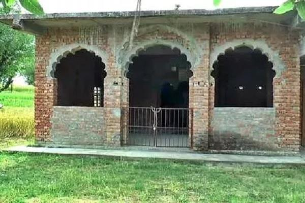 lockout in all 14 mosques in hamirpur prayers will not be offered