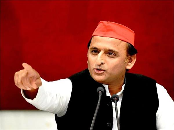 akhilesh yadav s demand  government formulated an action plan