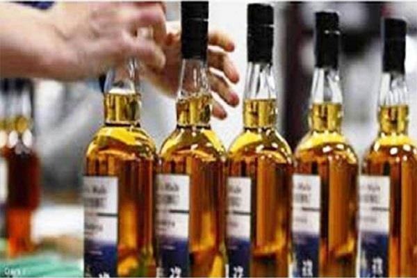 cia was selling liquor despite lockout in lockdown cia sent fake customers