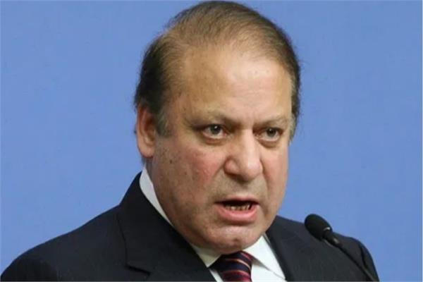 pakistan s anti graft body issues arrest warrant against nawaz