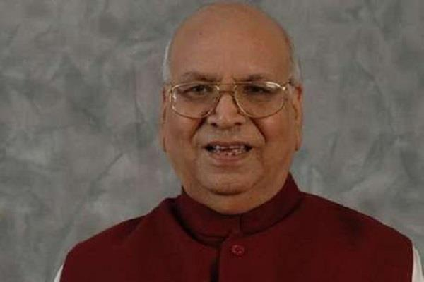governor tandon spoke to doctors indore attack said  country with you