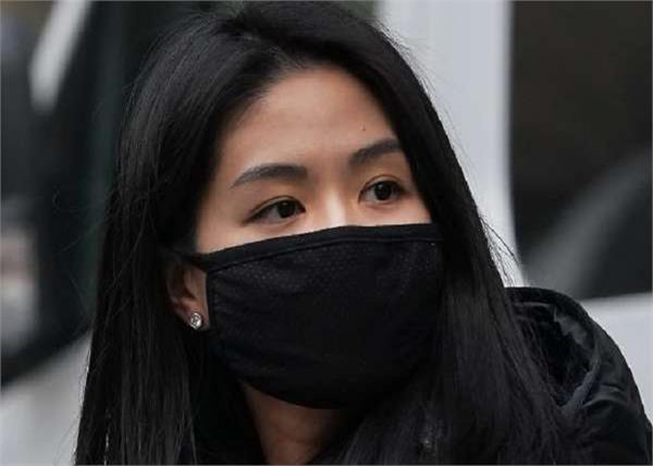 सावधान: गलत तरीके से मास्क पहनना पड़ सकता है भारी!