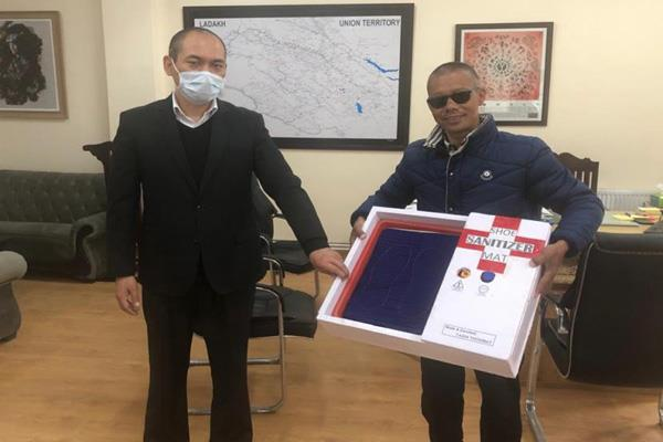 shoe sanitizer donated to snm hospital leh
