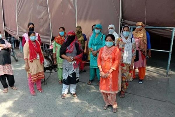 anm killed while doing duty at quarantine center stir in health department