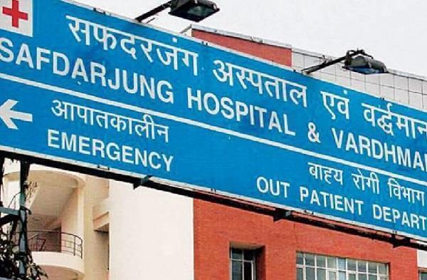 another doctor died in delhi s safdarjung hospital