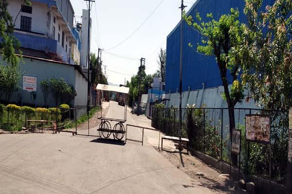 3 kilometer area of jhadmajari sealed after death of woman