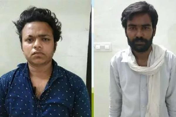 lockdown police arrested 2 youths wearing doctor s dress in search of smack