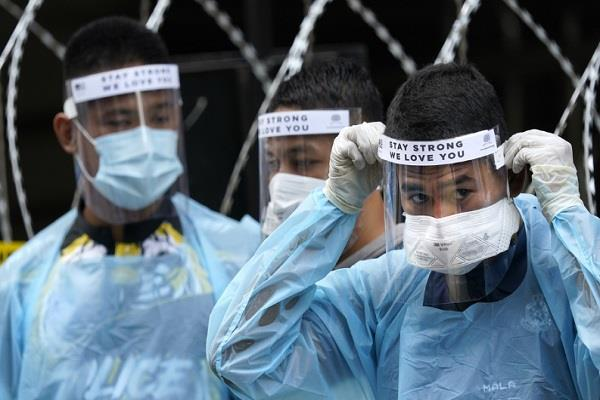 fear among medical personnel fighting war against corona virus