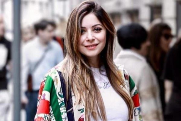 relief news for singer kanika kapoor fifth corona report negative