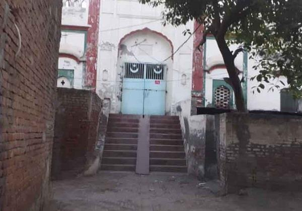 14 muslim brotherhood people from delhi nizamuddin isolate in mosque