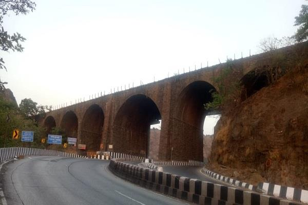 british era amritanjan bridge was demolished on mumbai pune expressway