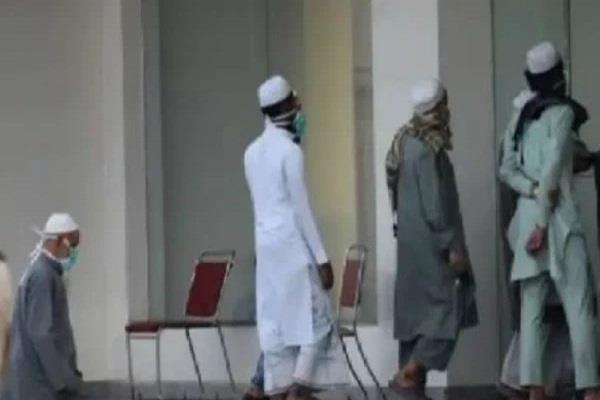 11 members of tabligi jamaat break isolation rules and escape from mosque