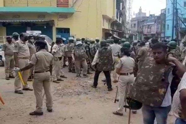 stones on police force in cuttack more than 15 arrested