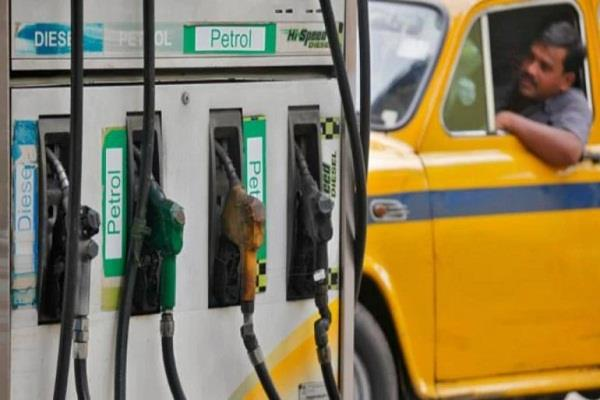 central government increases excise by rs 10 on petrol and rs 13 on diesel