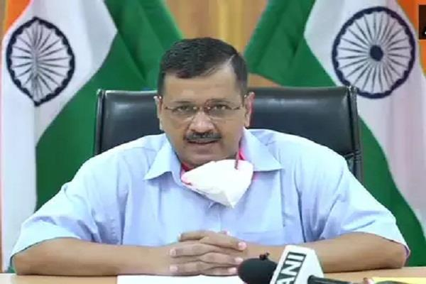 congress bjp target the aap govt over the growing case of infection in delhi