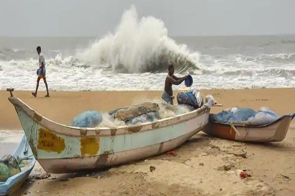hurricane amphan to hit odisha coast tomorrow alert also in bangladesh
