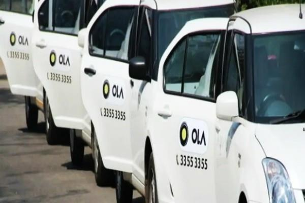 delhi government to hire 200 taxis to strengthen ambulance service