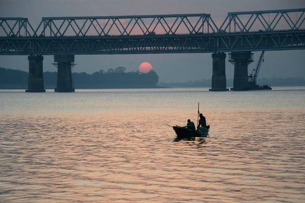 china shares with india statistics on the flow of water in the brahmaputra