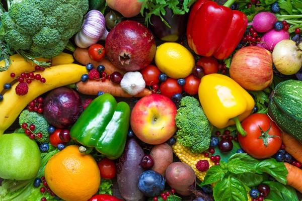 truck drivers have been facing difficulties fruits and vegetables worth