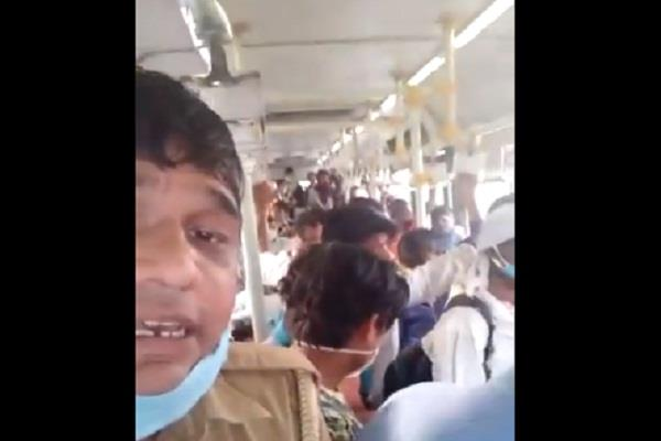 crowds gathered in buses as soon as delhi opened
