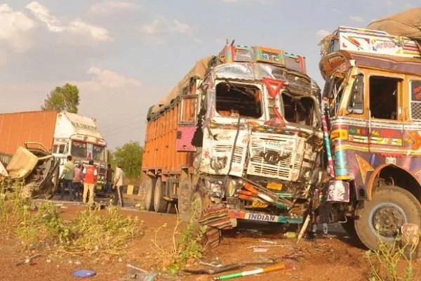 big road accident in guna three laborers killed