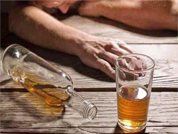 8 people killed by drinking poisonous liquor in mp ratlam