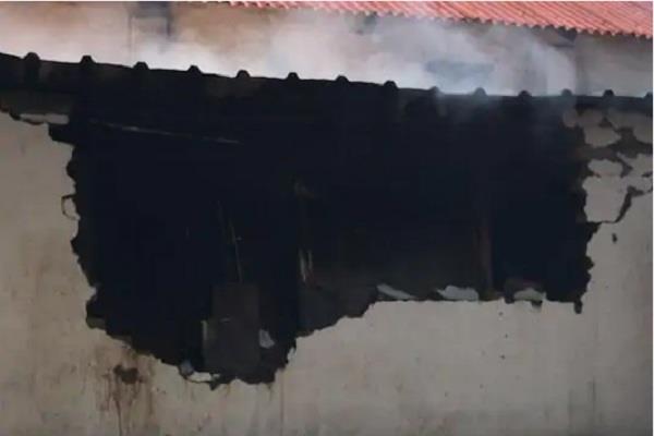 delhi fire in army canteen