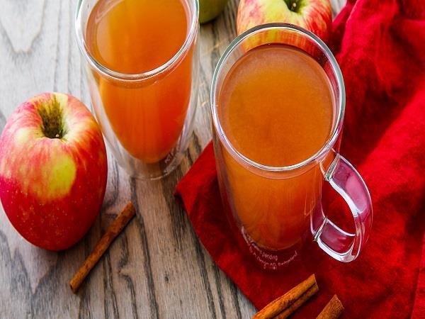 किडनी स्टोन से परेशान लोगों के लिए फायदेमंद है सेब का जूस