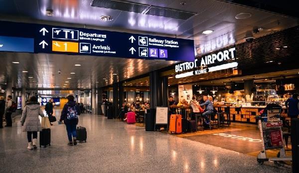AAI ने जारी किए दिशानिर्देश, यात्रा के दौरान आरोग्य सेतु एप जरूरी