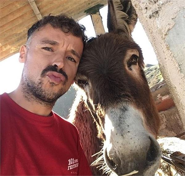 corona lockdown heartwarming moment man and his pet donkey  cry