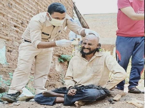 police constable set an example mentally deformed hair cut