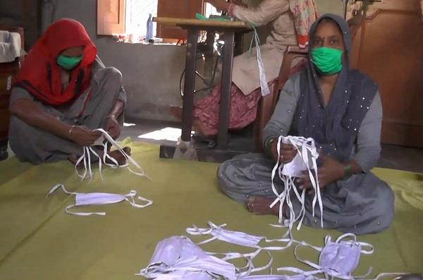 anganwadi workers play a key role in the fight against corona
