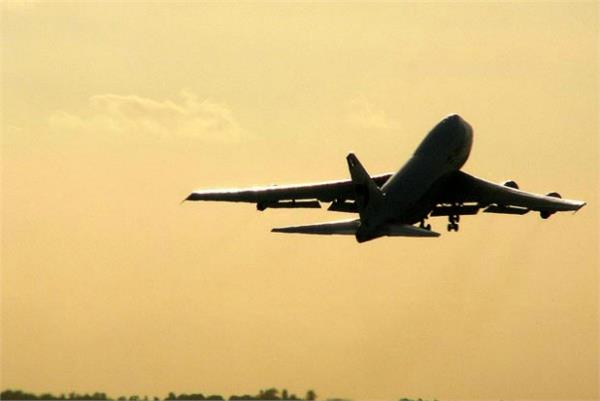 farmer will send 10 of his employees on a flight to bihar