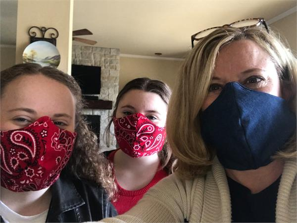 wearing masks at home can limit spread study