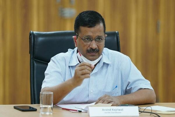 amphan storm kejriwal offers help to west bengal and odisha cm