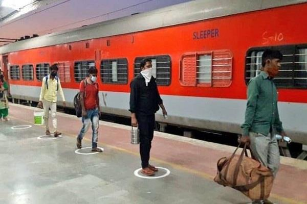 RPF के डेटा से खुलासा, 18 दिनों में 80 प्रवासी मजदूरों की ट्रेन में हुई मौत