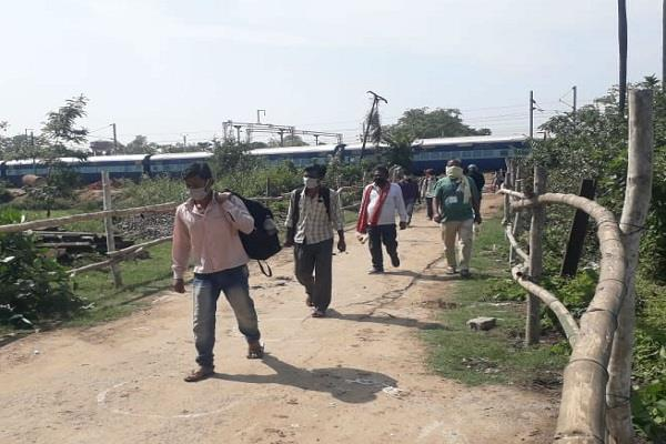 2 categories created for migrant laborers in bihar