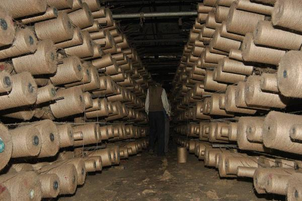 jute industry estimated loss of rs 1 250 crore due to lockdown