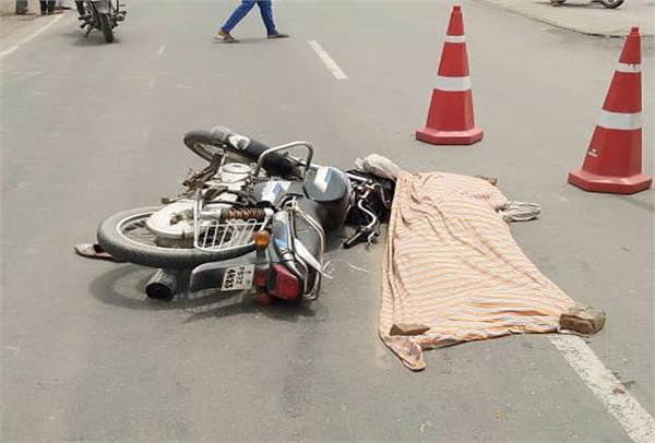 motorcycle rider died in road accident