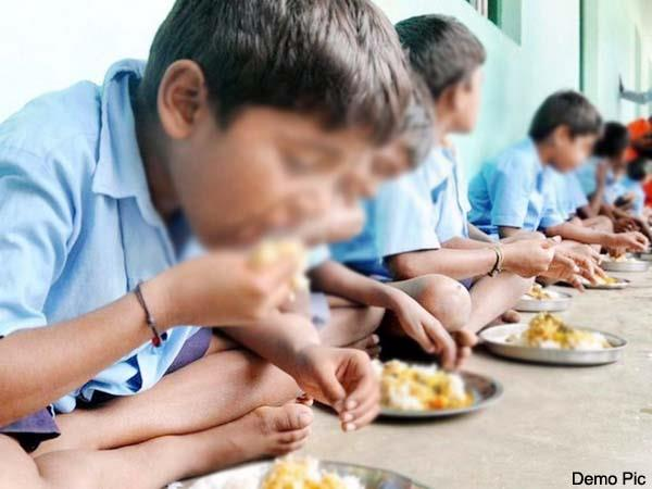 central government increased the cooking cost of mid day meal