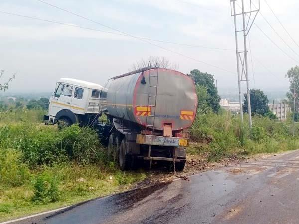 tanker uncontrolled on tahliwal amrali route