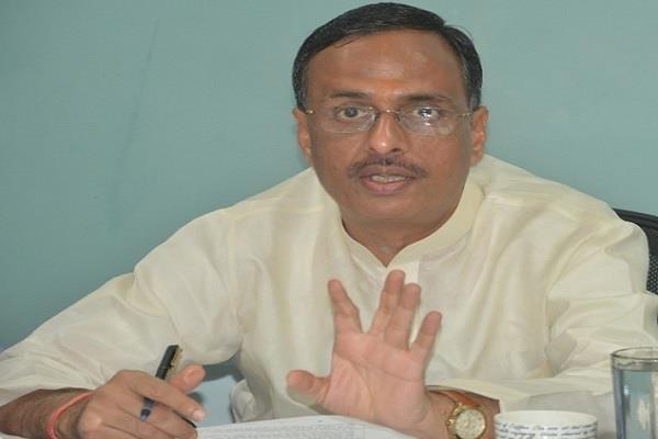 priyanka gandhi has made a cruel joke with the workers dinesh sharma