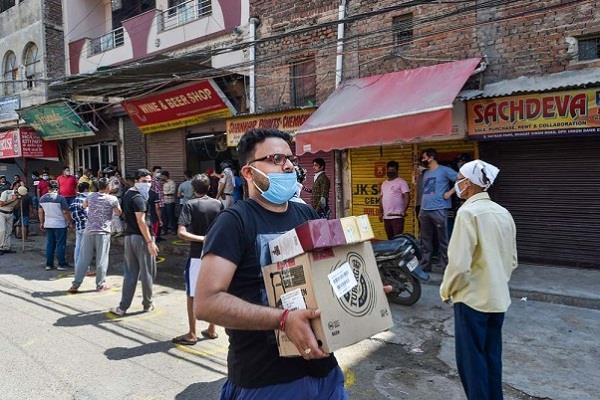 kejriwal government will withdraw liquor in delhi corona cess