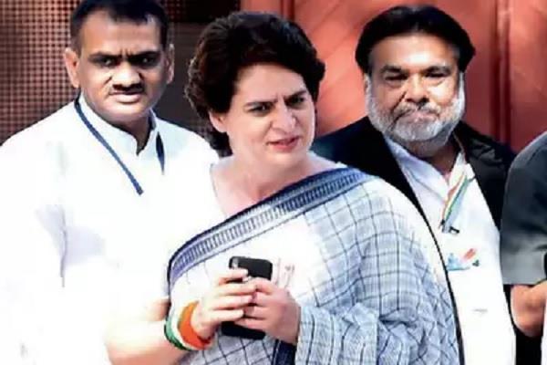 rahul priyanka calls up congress president s mother