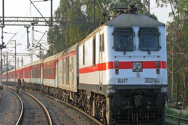 15 pairs of rajdhani routes can get 30 days advance booking in special trains