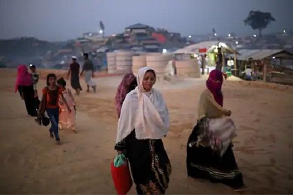 fire in rohingya camp in bangladesh 400 slums
