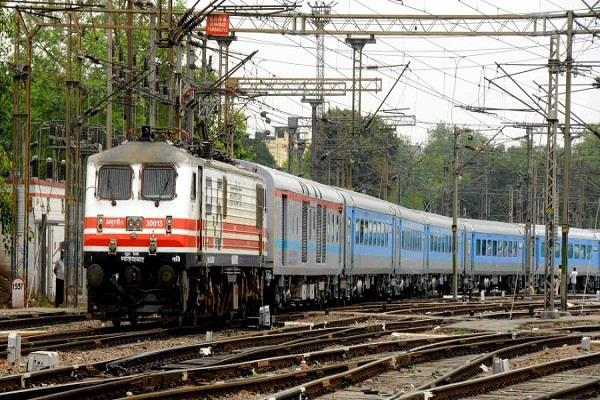 railways will hire from states to bring migrant laborers during lockdown
